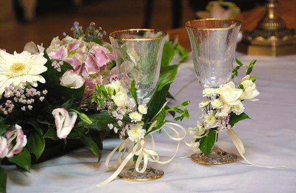 Свадебные бокалы цветы своими руками