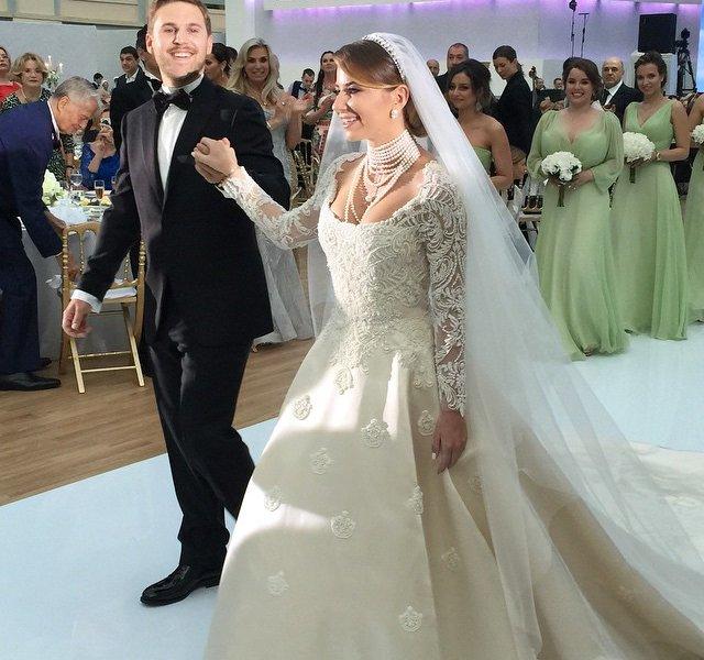 Валентин юдашкин свадебные  фото