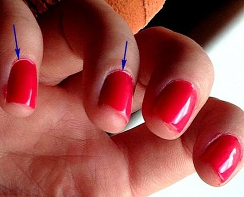 Ногти кирпичного цвета фото