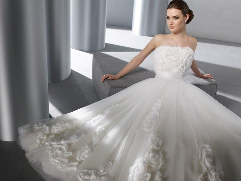 Платья на свадьбу фото пышное