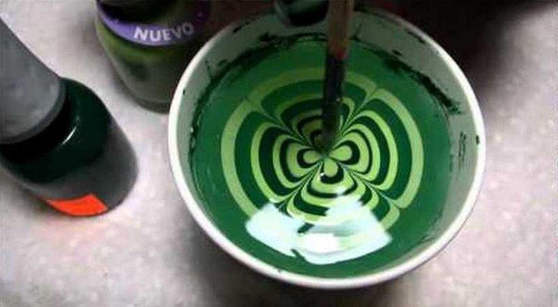 Как сделать из воды и лака для ногтей 790