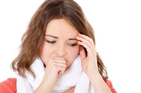 Как лечить горло у ребенка до года комаровский