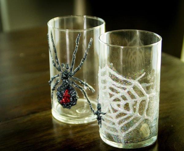 Страшный декор: оригинальные поделки на Хэллоуин своими руками