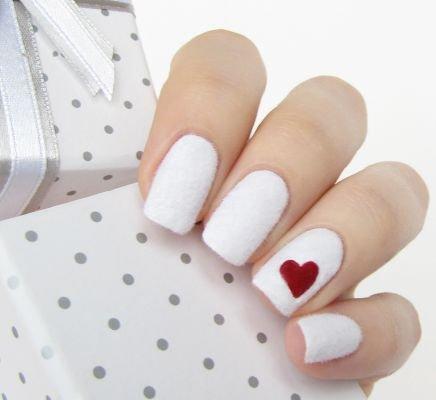 дизайн ногтей на февраль
