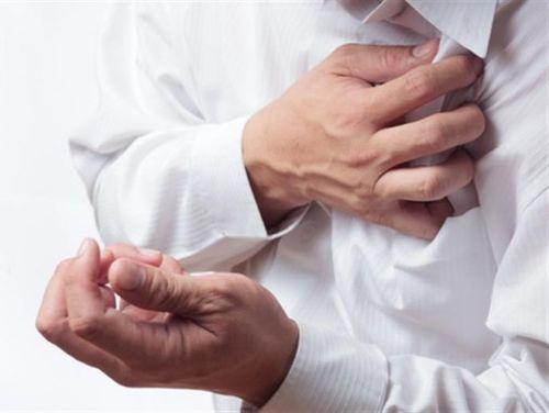 какие болезни вызывают запах изо рта
