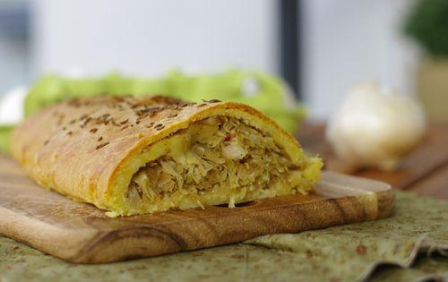 рецепт приготовления капустного пирога из дрожжевого теста
