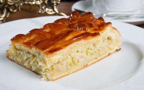 Капустный пирог на дрожжевом тесте с фото