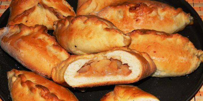 пирожки с яблоками из дрожжевого теста рецепты с фото