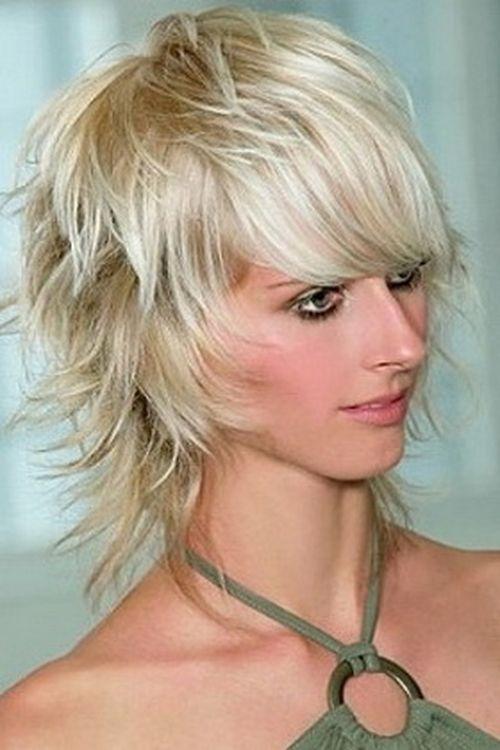 Короче, быстрее, стильнее: модные прически для коротких волос