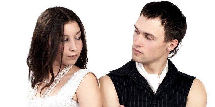 как вести себя девушке с парнем знакомства
