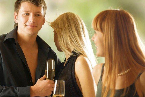 Почему женатый мужчина ищет секса на стороне