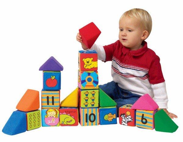 Игрушки для 2-летнего ребенка