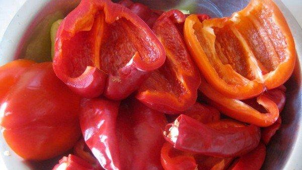 аджика с перцем болгарским помидорами сяблоками чесноком рецепт