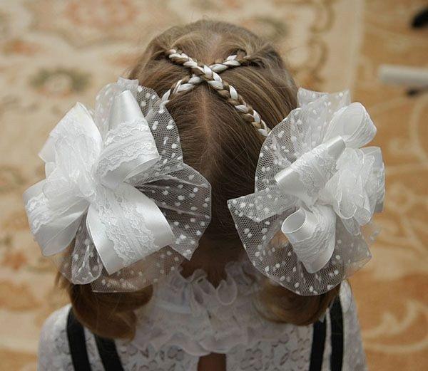 Красивые резинки для волос из атласных лент