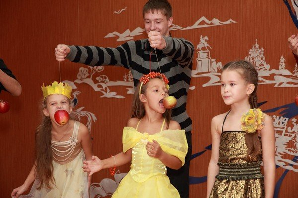 Сценарии к осеннему балу для молодежи