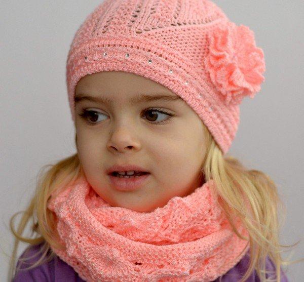 Модные шапки крючком для девочки