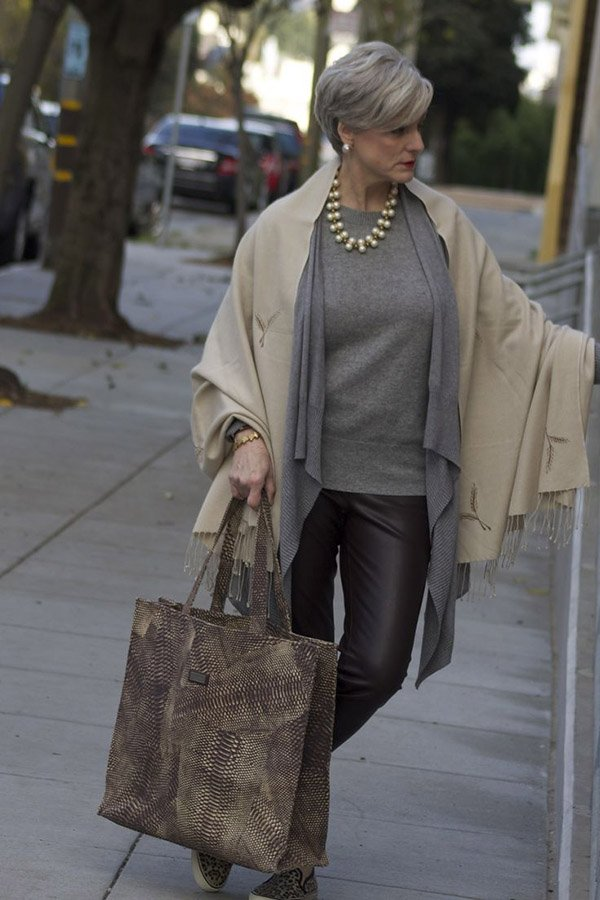 ТОП-5 идей модного зимнего гардероба для женщин за 50