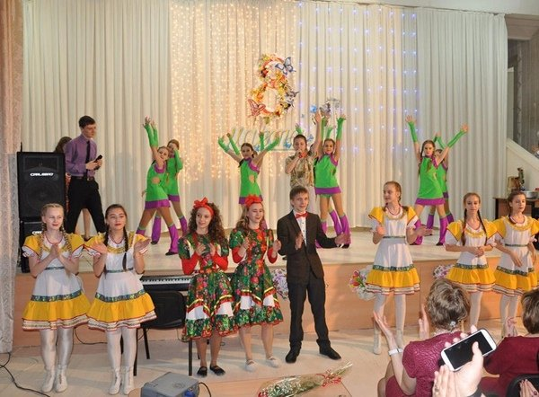 Сценарий дискотеки в школе с конкурсами