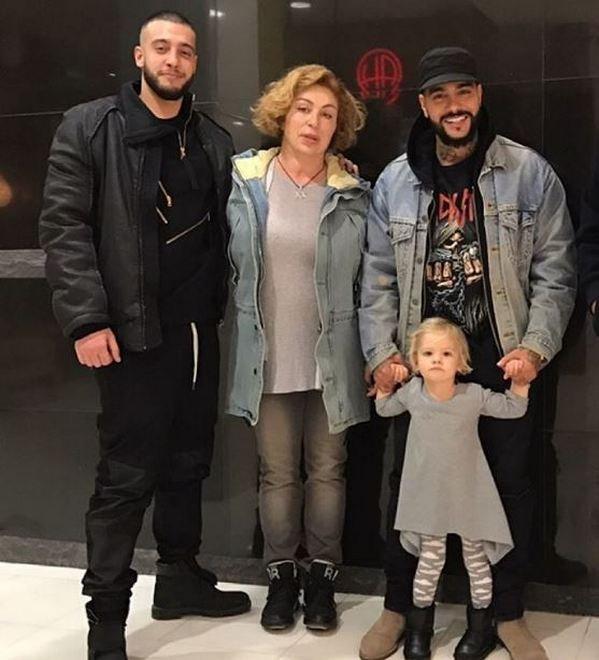 тимати фото родители