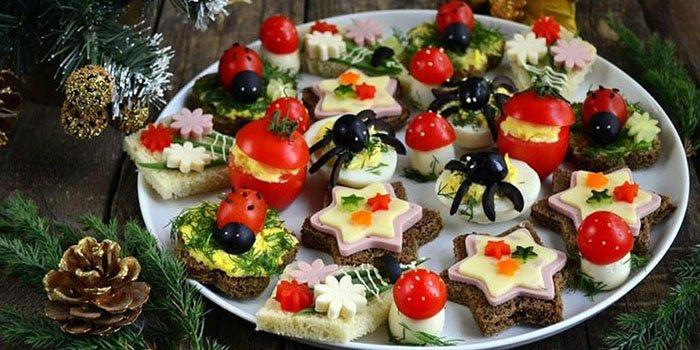 Салат с фунчозой с ушками