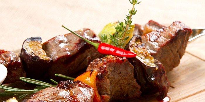 Салат с капустой и маринованными шампиньонами рецепт с фото