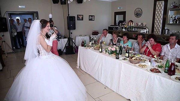 Трогательные стихи невесты жениху на свадьбе