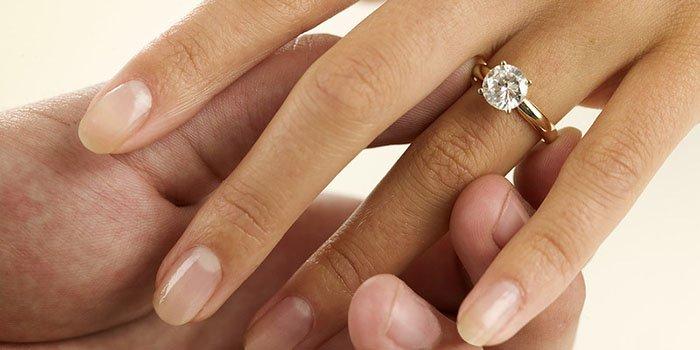 Как сделать приятно женщине пальцами фото 682-356