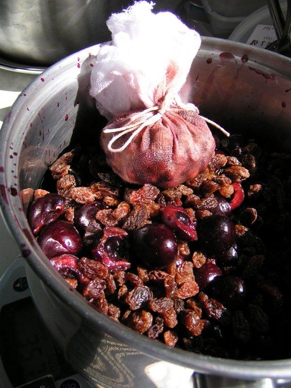 Варенье из черешни с косточкой на зиму пятиминутка