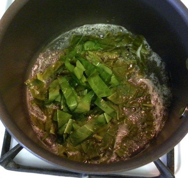 рецепт супа с щавелем и листьями свеклы