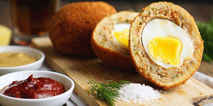 Легкий рецепт для Пасхи: яйца по-шотландски во фритюре