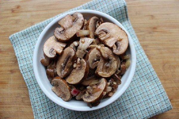 Рецепты самых вкусных закусок и салатов