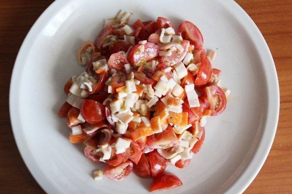 как приготовить салат из крабовых палочек фото пошаговая инструкция