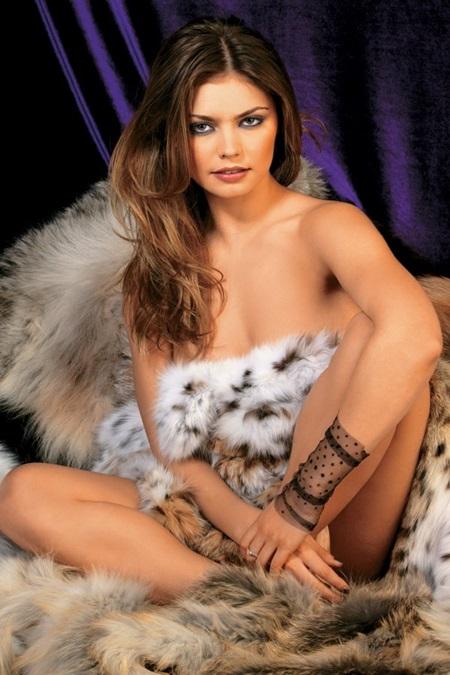 Порно алина кабаева гимнастка фото согласилась деньги