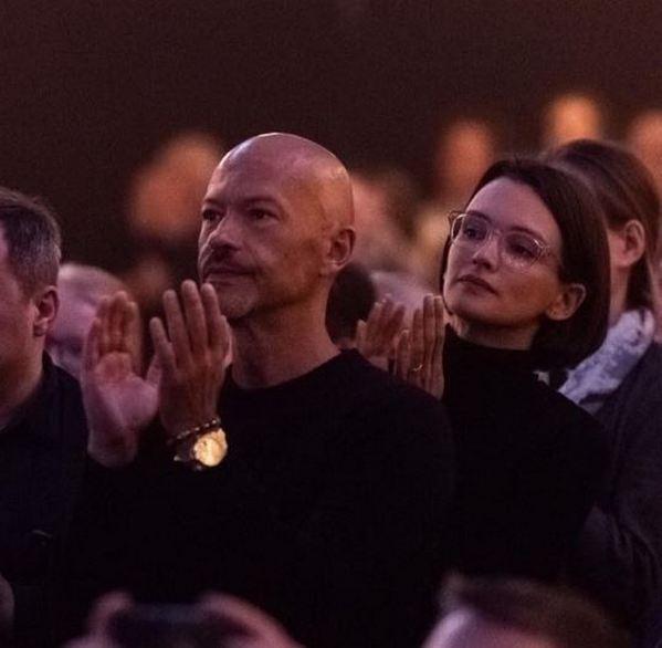 «Вся сморщенная»: Паулина Андреева на фото без ретуши разочаровала пользователей соцсетей