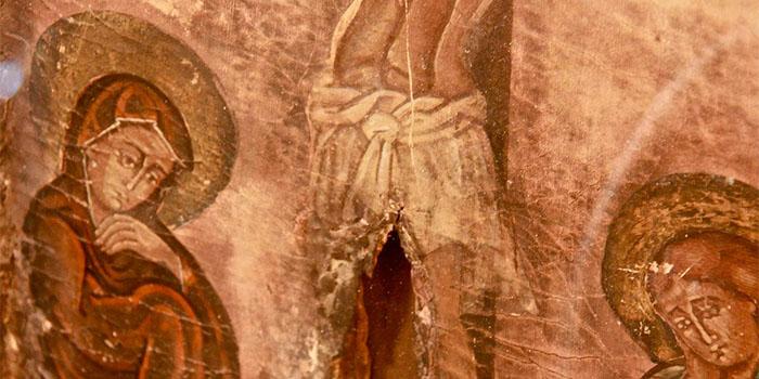 Почему святые мощи не тлеют: Версии священников и ученых