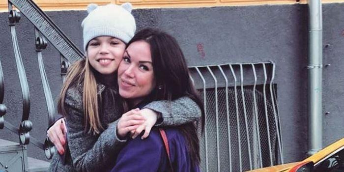 «Денег своих вы пока не увидите»: счета первой жены Дмитрия Тарасова оказались заблокированы