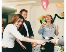 Корпоративная вечеринка: как себя вести?