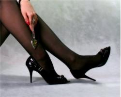 Не вредно ли носить высокие каблуки?
