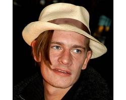 Гийом Депардье, актер, биография