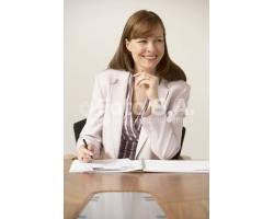 Как женщине исправить трудную ситуацию на работе
