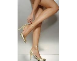 Упругие и красивые ножки женские