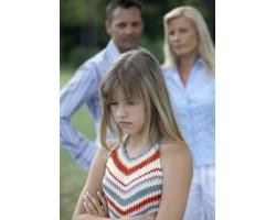 Дочь-подросток отдаляется и не идет на контакт, что делать?