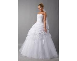 Как правильно выбрать себе свадебное платье?