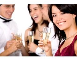 Как сохранить имидж деловой женщины после корпоративной вечеринки?