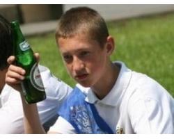 Если ребенок пьет спиртное