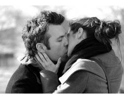 Когда можно поцеловать парня первый раз?