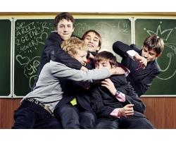 Школьные товарищи - лучшие воспитатели, чем родители, ибо они безжалостны
