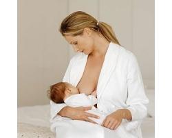 Можно ли кормить грудью, если мама заболела?