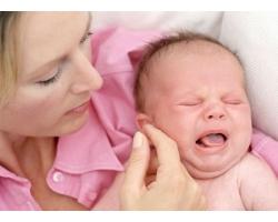 Как облегчить колики у грудных детей
