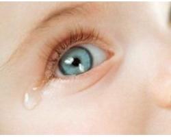 Первые слезы новорожденного ребенка